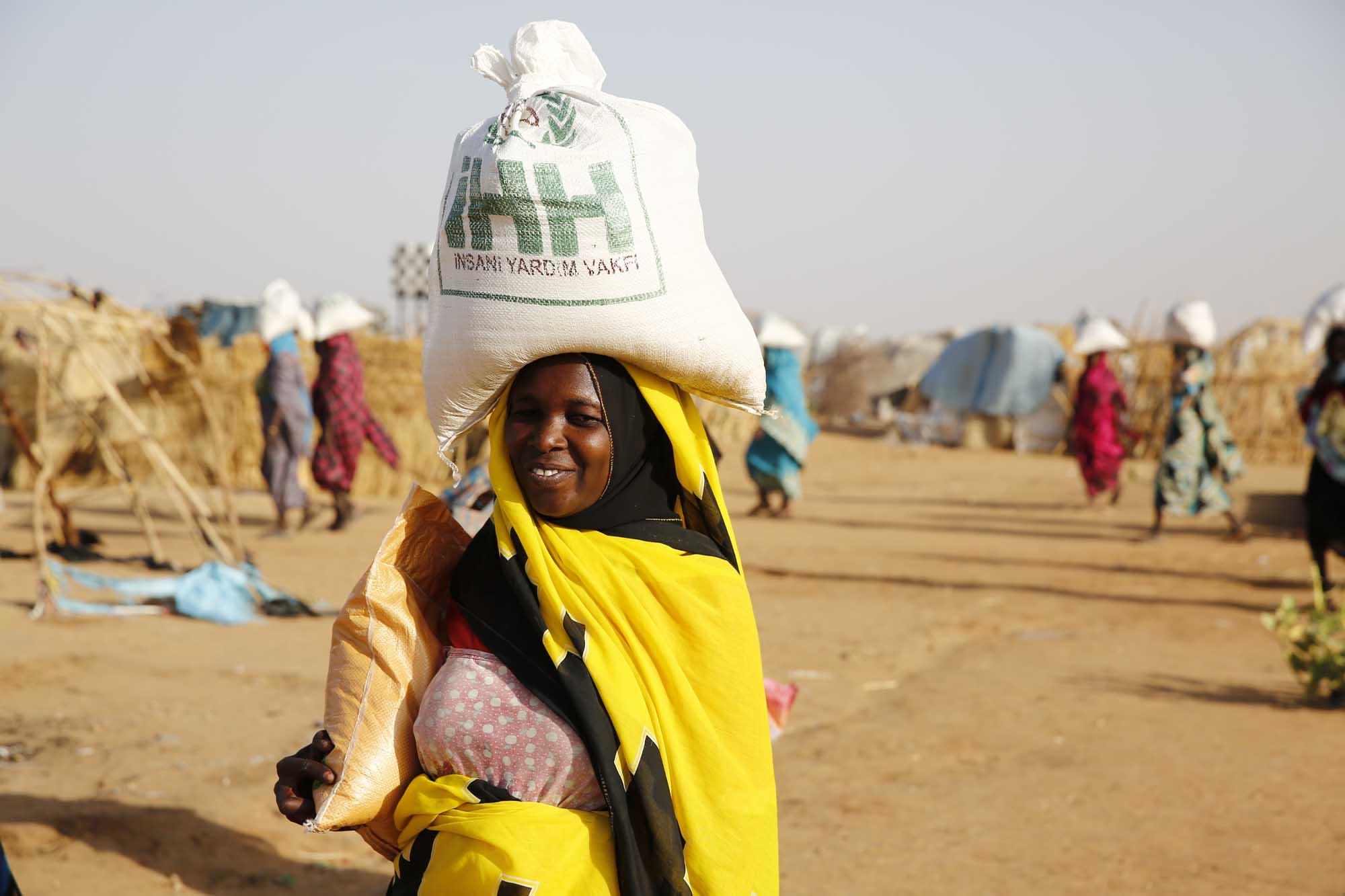 sudan-darfur-kumanya-dagitimi-28.05.2017-24.jpg